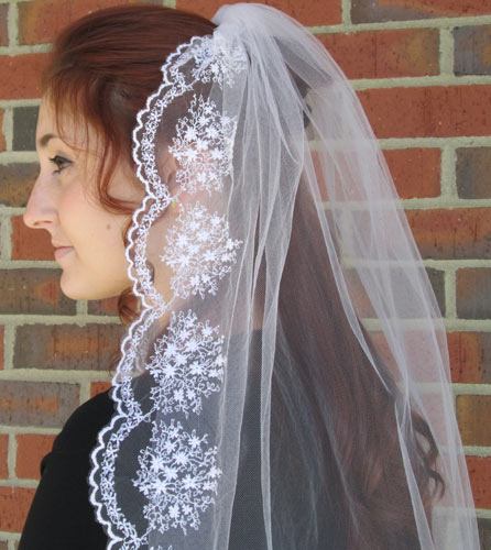Floral Scalloped Veil